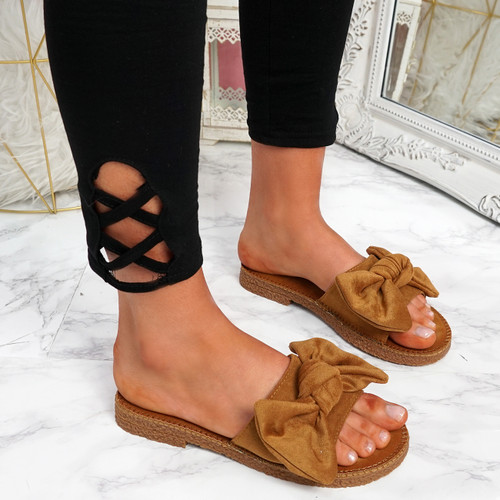 Onno Camel Bow Flat Sandals