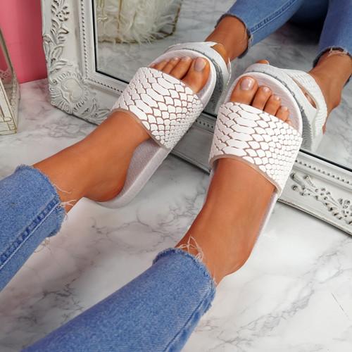Vessa White Flat Sliders Sandals