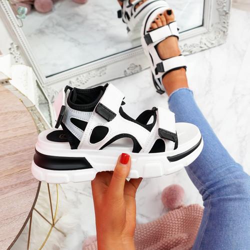 Juppo Black Chunky Sandals