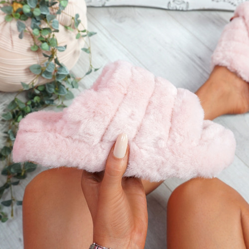 Onso Pink Fluffy Sliders