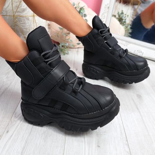 Guffe Black Flatform Ankle Boots