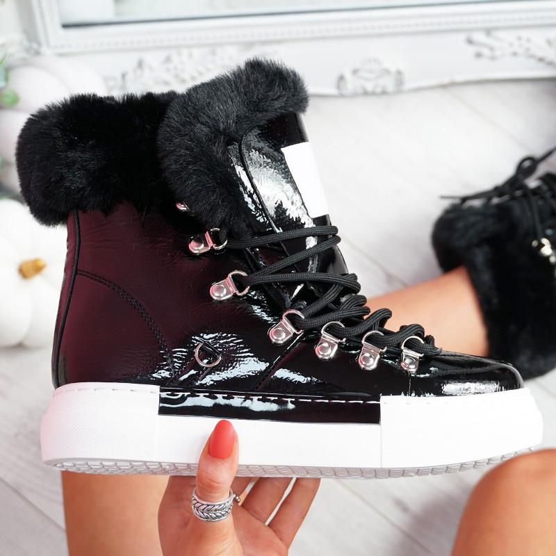 Liry Black Faux Fur Line Ankle Boots