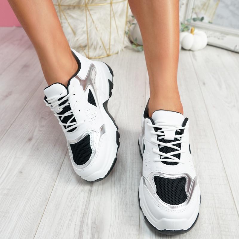 Grinna Black Chunky Sneakers