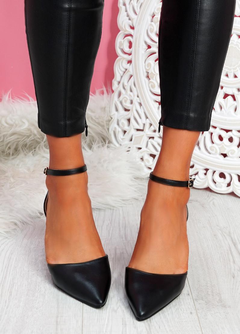 Metto Black Block Heel Pumps