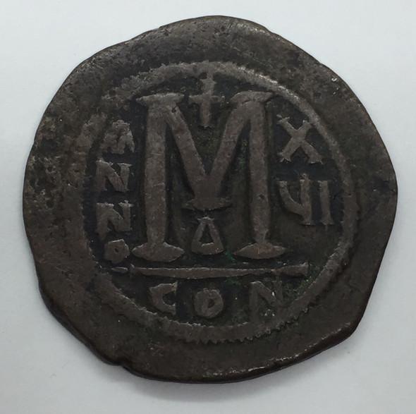 Byzantine: Justinian I the Great AD 527-565. AE follis or 40 nummi Lot#5