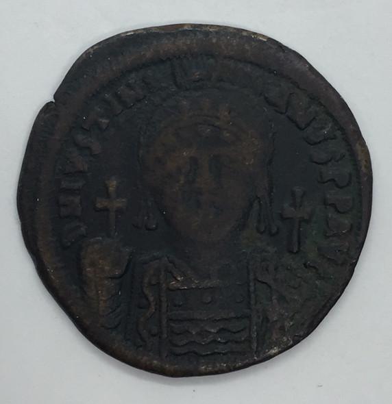 Byzantine: Justinian I the Great AD 527-565. AE follis or 40 nummi Lot#6