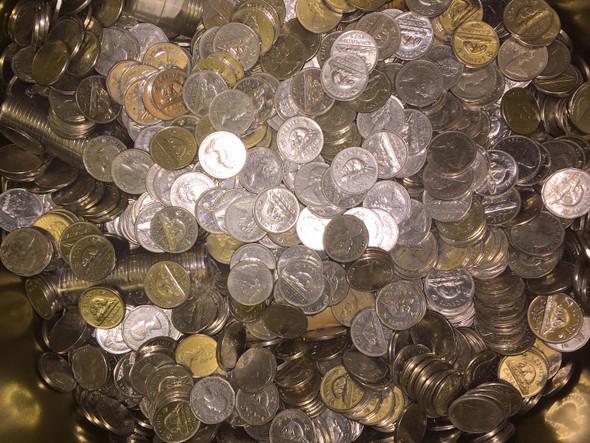 Canada: 2 LB Mostly Pre-1981 Nickels