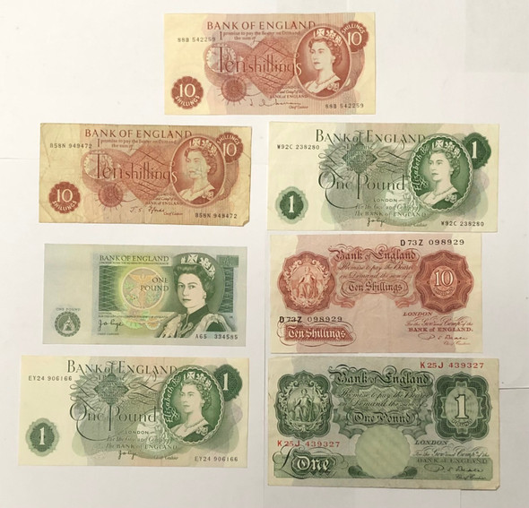 Great Britain: Banknote Collection Lot (7 Pieces)