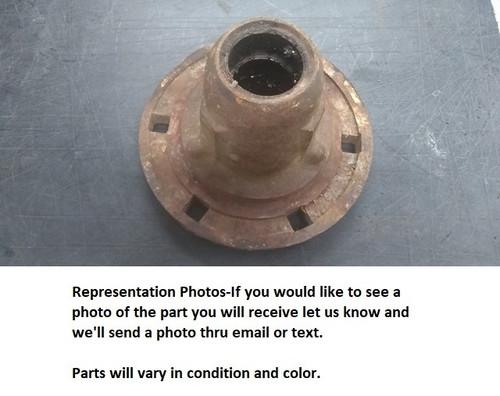 Used John Deere Van Brunt grain drill wheel hub only T546M