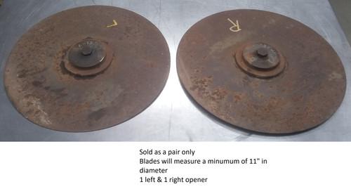 John Deere Van Brunt grain drill double disc openers A138M
