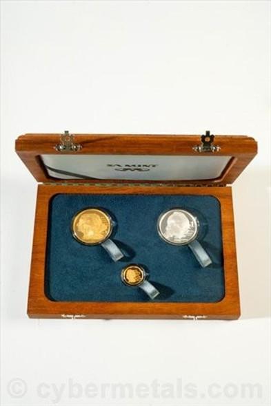 2010 nadine gold coins