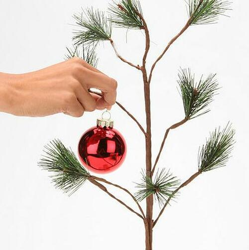 Charlie Brown Christmas Tree Image.24 Charlie Brown Christmas Tree With Blue Linus Blanket