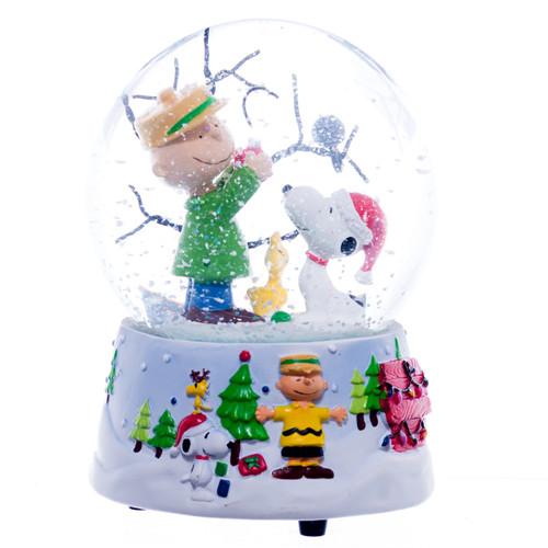 Peanuts Charlie Brown Christmas Snow Globe