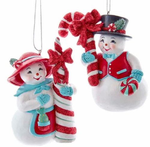 Retro Mint Snow Couple Ornaments