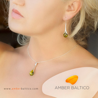 Green amber jewelry set. Amber pendant with amber earrings. Rhodium plated silver. Silver Snake Chain on the picture.