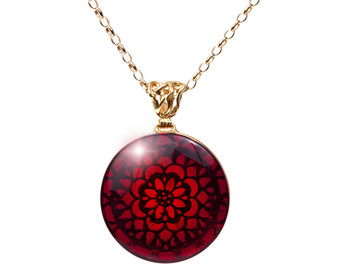 Red Amber Artistic Necklace