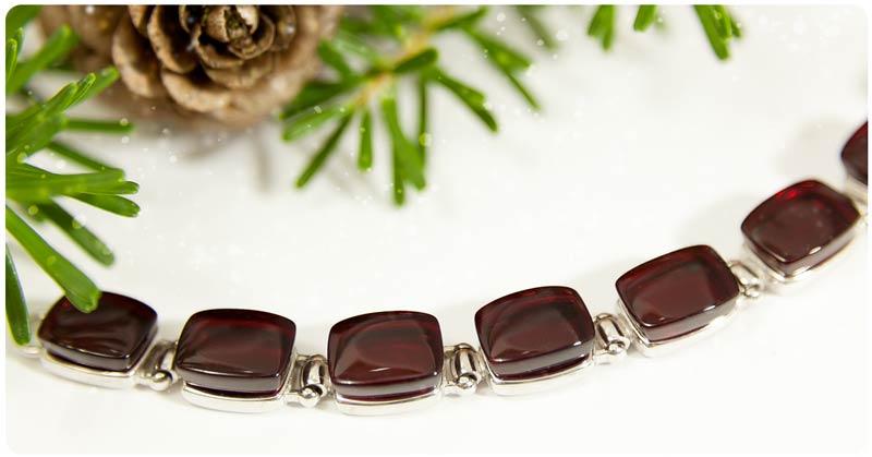 amber-bracelet1.jpg
