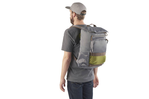 Man with beard, wearing a gray t-shirt and the Kelty Ardent backpack, rear view