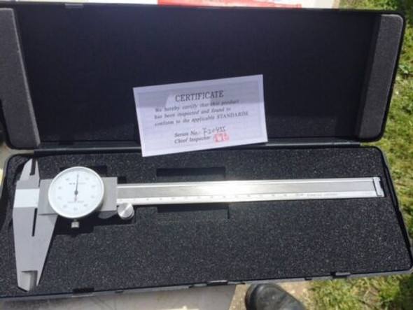 "VERNIER 0-8"" DIAL READ-OUT 3 WAY MEASURING TOOL"