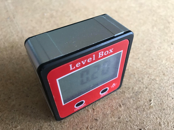 Digital Level Protractor - Angle Finder Magnetic Level Gauge  (Inclinometer 0-180°)