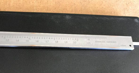 "Dual Readout Vernier 0-8""/0-200mm"