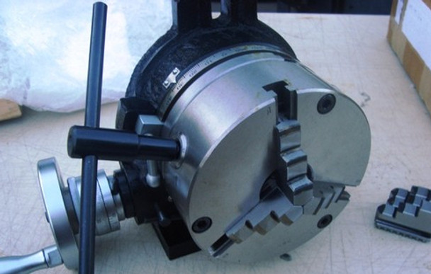 """6""""/ 160mm Rotary Table With Mounted 3 Jaw Chuck"""