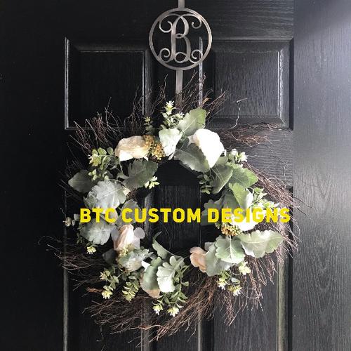 Monogram Wreath Hook, Circle