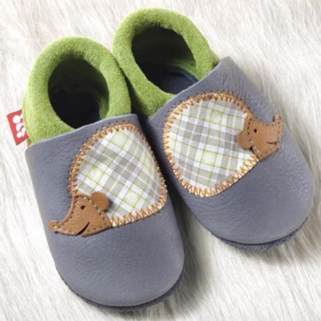 "Handmade Natural Leather Soft-Soled Indoor Slippers _ ""Hedgehog"""