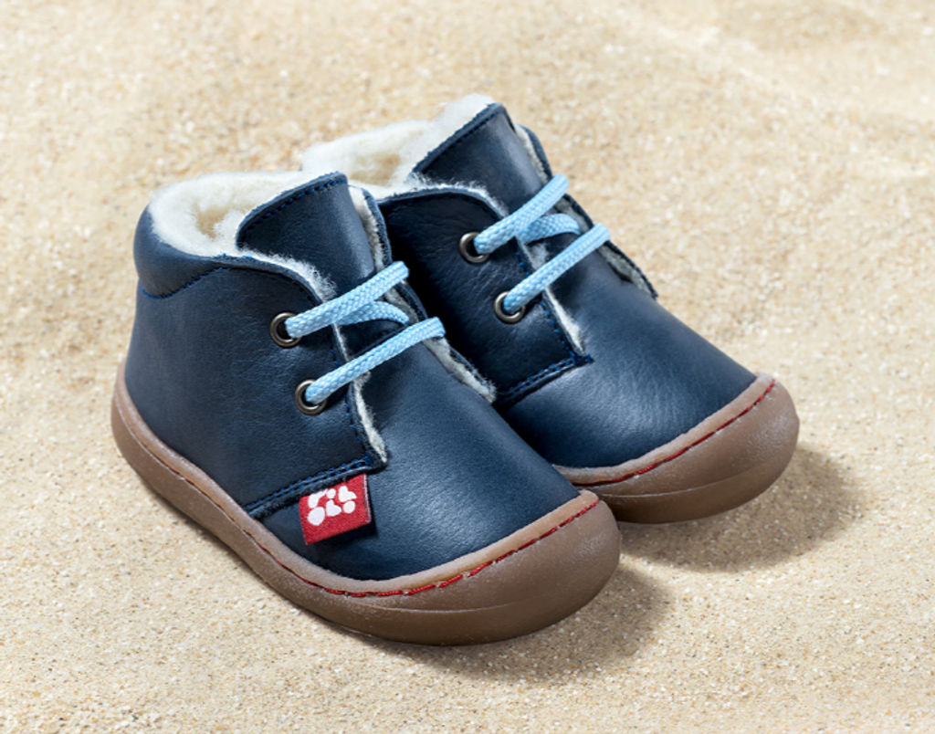 Natural Leather Shoes Color: Tobago Blue