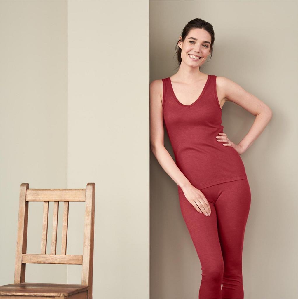 Women's Sleeveless Shirt Color: garnet red