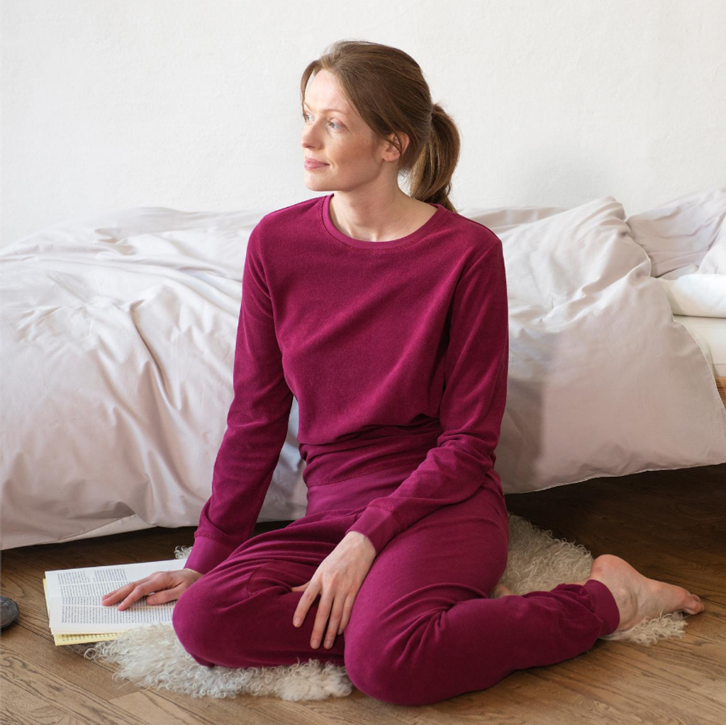 Women's Terry Pajamas Color: grenadine