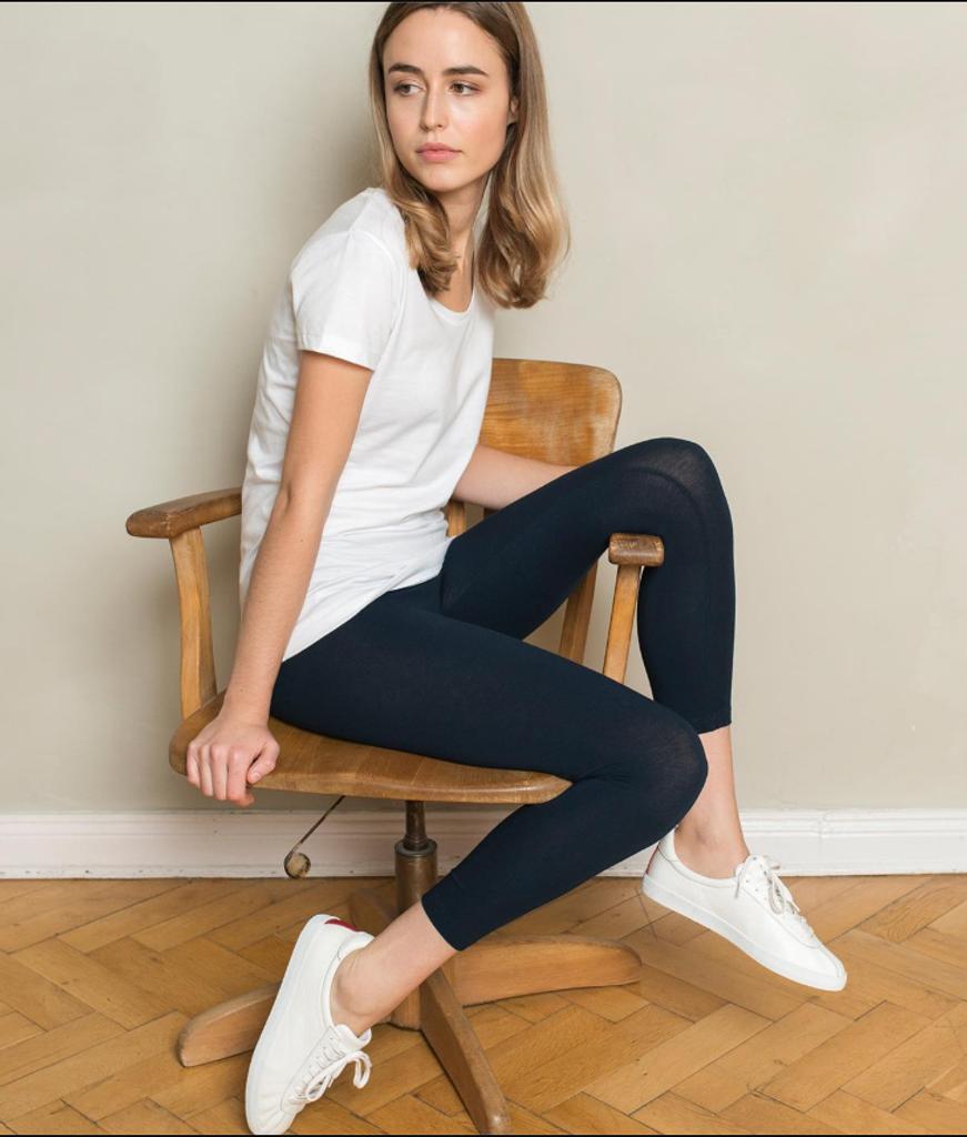 Women's  Organic Cotton 7/8 Leggings Color: 93 dark navy