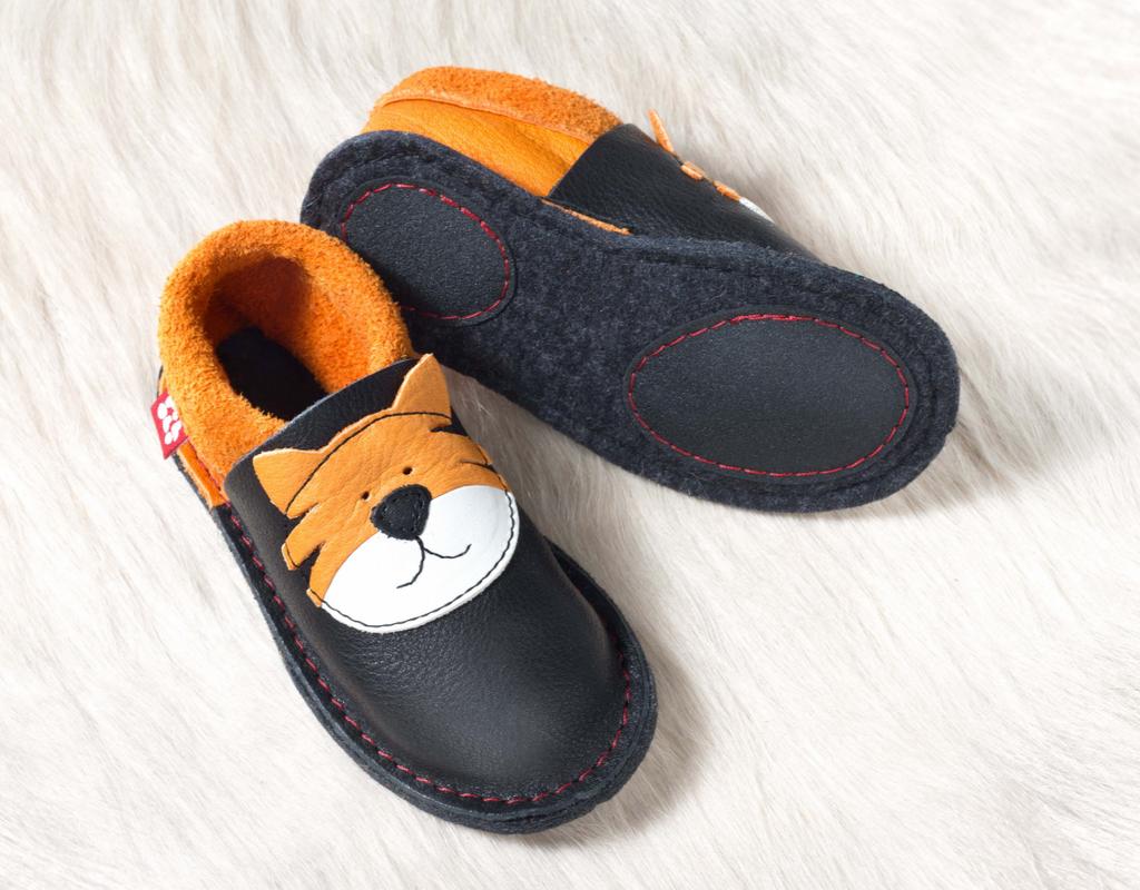 "Handmade Natural Leather Indoor Slippers | ""Tiger Kinga"""