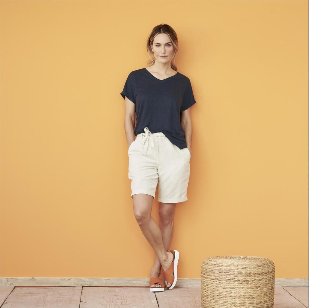 Women's Organic Linen Shirt Color: 566 ink blue