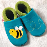 """Handmade Natural Leather Soft-Soled Indoor Slippers - """"Susi the Bee"""""""