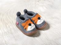 Woolen Shoes