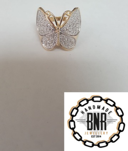 STONE SET BUTTERFLY RING - 9CT YELLOW GOLD -  6.5 grams
