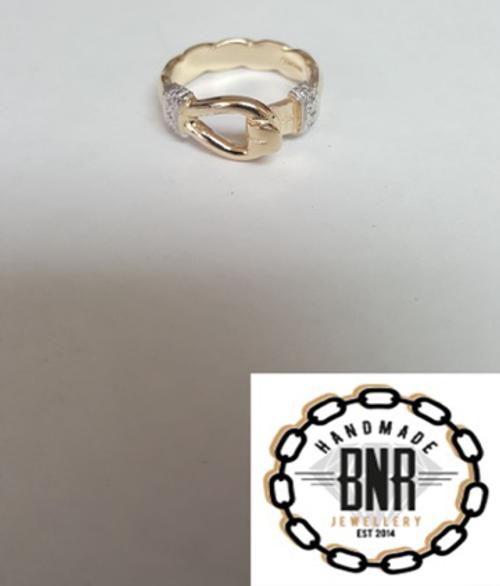 DIAMOND SET BANGLE RING - 9CT YELLOW GOLD -  5.5 grams