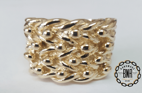 GENTS RING - 9CT YELLOW GOLD - 69 Grams 26 mm size z+3