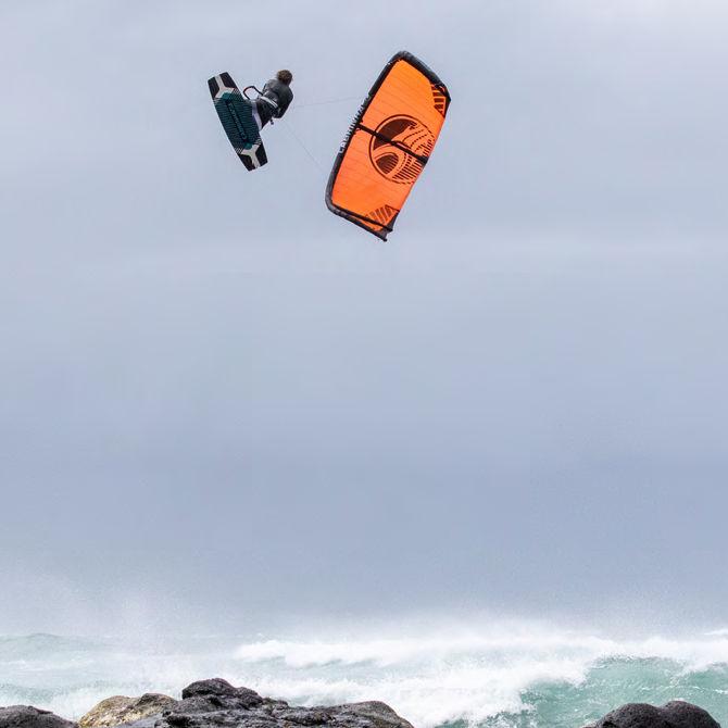 2020 Cabrinha FX Kiteboarding Kite