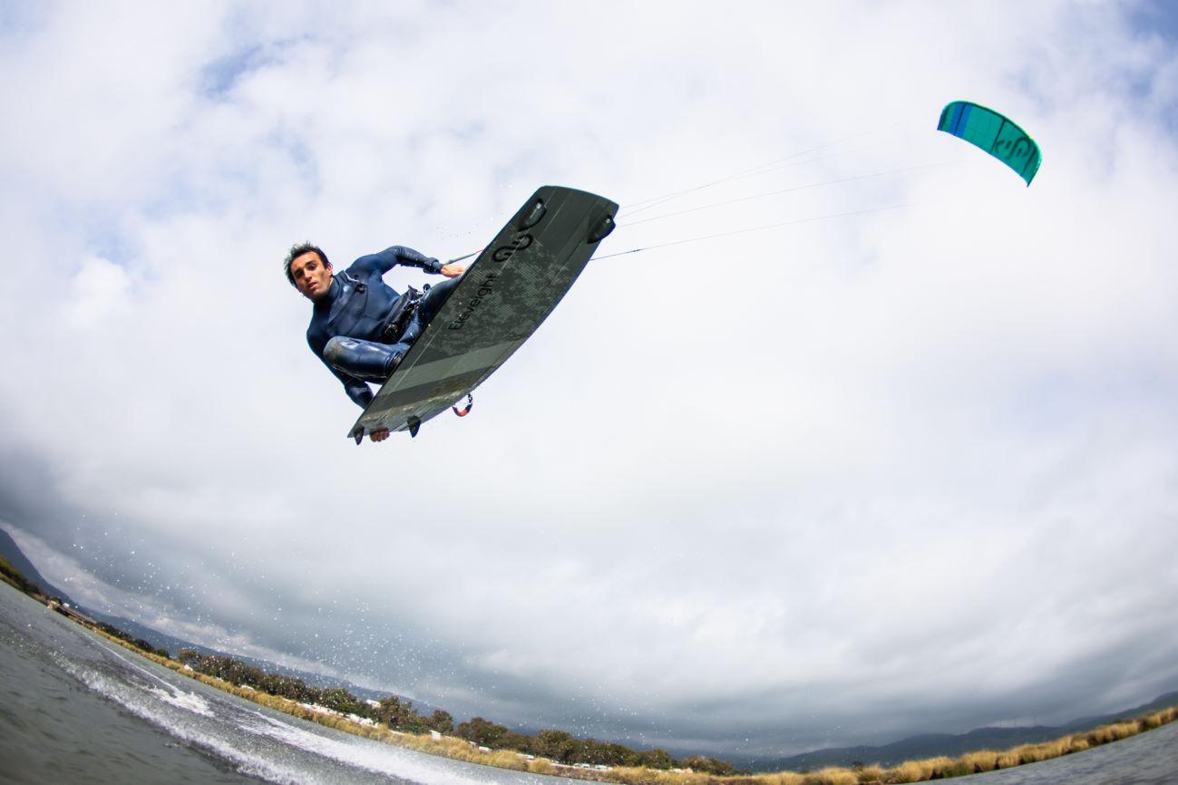 2020 Eleveight Master C+ Kiteboard