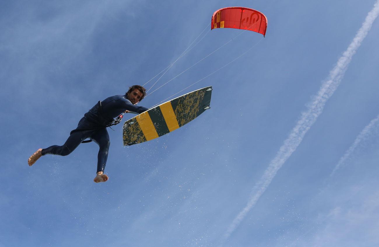 2020 Eleveight Master Kiteboard v2
