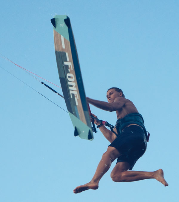 F-One TRAX HRD Lite Tech Kiteboard
