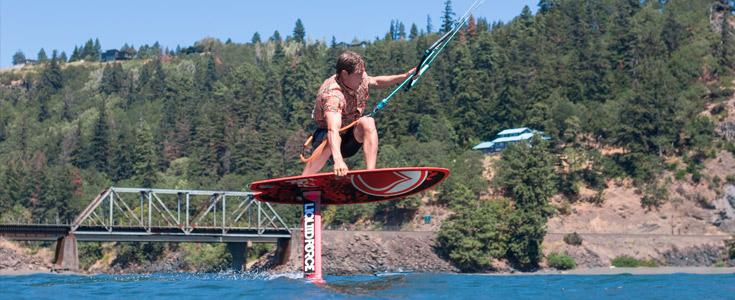Brandon Foilboarding Hood River
