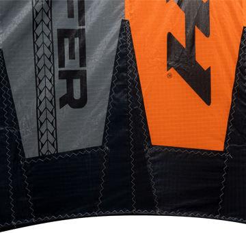 naish-2020-s25-wingsurfer-shark-teeth-trailing-edge