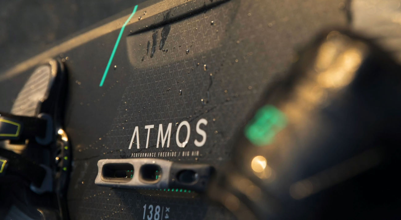 2021 North Atmos Carbon Twintip Kiteboard