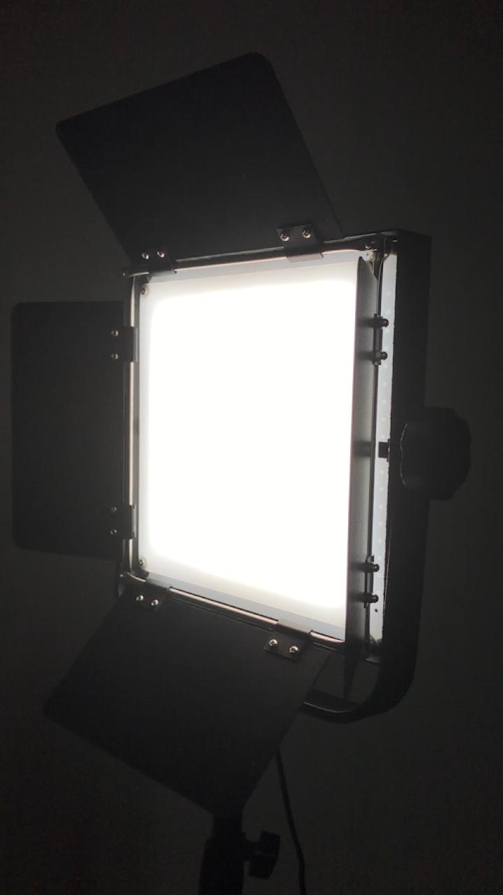 "Stellar New Diva  18"" CEL-R18C Ring Light w/ Tray + 2 LEd Sun Panel Lights bundle"