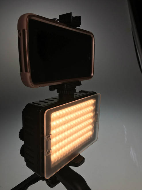 Stellar Versa  LED Light Block Kit  Bi-Color 3200K-5600K LED On-Camera Fill Light