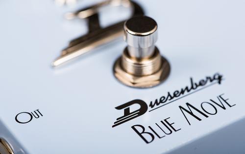 Blue Move Chorus