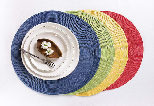 Ritz Round Woven Placemat